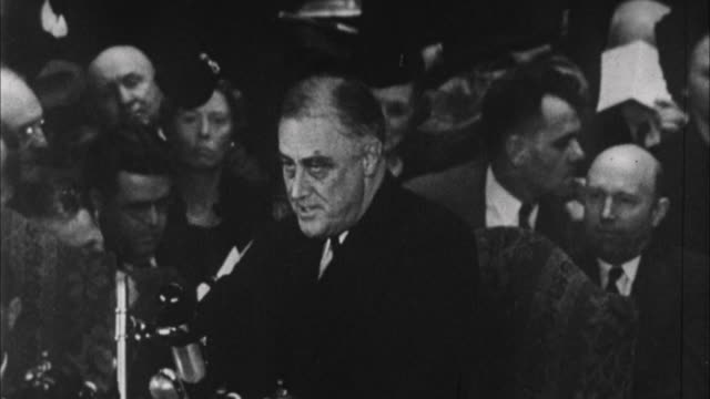 franklin d roosevelt having speech he proclaims that american business up above levels of 1932 / usa - 1932 stock-videos und b-roll-filmmaterial