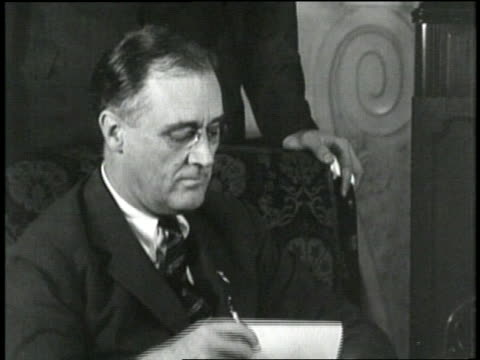 franklin d roosevelt opens mail while eleanor roosevelt knits as their two boys stand near them - correspondence stock videos & royalty-free footage