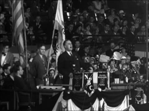 vidéos et rushes de franklin roosevelt giving speech at democratic national convention / houston / documentary - 1928