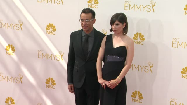 fred armisen and carrie brownstein 66th primetime emmy awards arrivals at nokia theatre la live on august 25 2014 in los angeles california - エミー賞点の映像素材/bロール