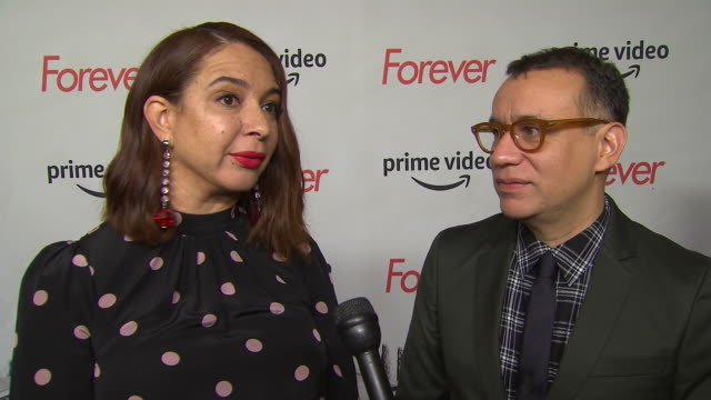 fred armisen and maya rudolph name their characters and a basic idea of who they are. they describe how the project came about and how they worked... - maya rudolph video stock e b–roll