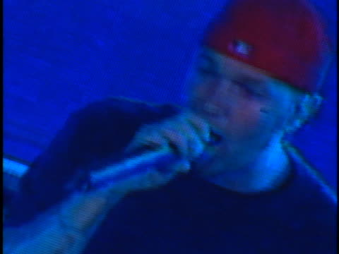 fred durst at the kroq weenie roast at edison field anaheim in anaheim ca - kroq weenie roast stock videos & royalty-free footage