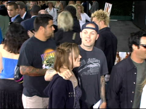fred durst, daughter adriana durst and perry farrell at the 'lords of dogtown' world premiere on may 24, 2005. - perry farrell stock videos & royalty-free footage