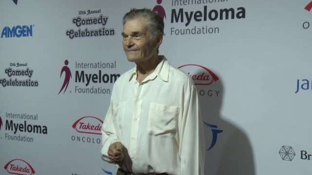 fred willard at international myeloma foundation's 10th annual comedy celebration benefiting the peter boyle research fund & supporting the black... - peter boyle stock videos & royalty-free footage