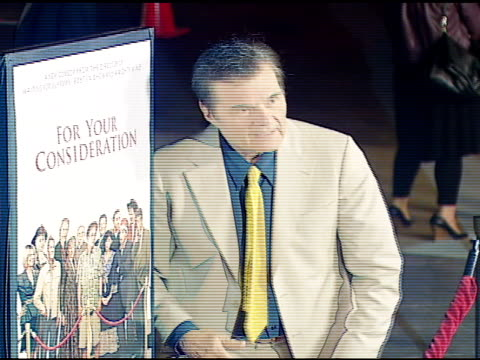 vídeos de stock e filmes b-roll de fred willard at the 'for your consideration' los angeles premiere at director's guild of america in los angeles california on november 13 2006 - director's guild of america