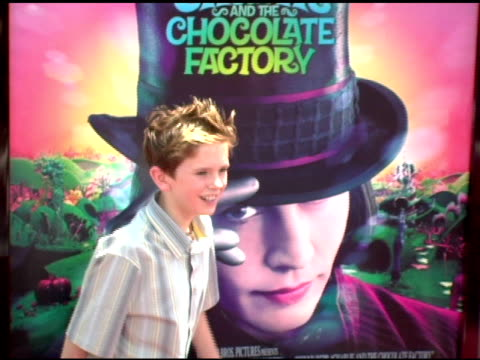 freddie highmore at the 'charlie and the chocolate factory' premiere at grauman's chinese theatre in hollywood, california on july 10, 2005. - mann theaters stock videos & royalty-free footage