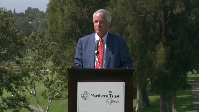 vídeos de stock, filmes e b-roll de frederick h waddell on welcoming everyone to the upcoming northern trust open at northern trust open selects city of hope as official charity speech... - evento da associação de golfistas profissionais