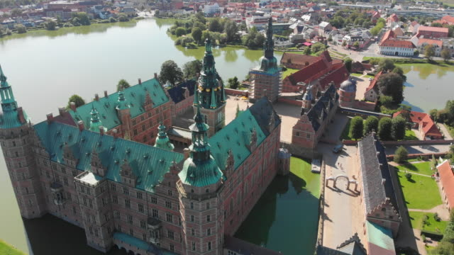 frederiksborg castle, hillerød, denmark - castle stock videos & royalty-free footage