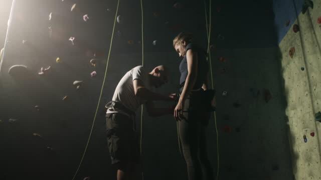 free climbing - free climbing stock videos & royalty-free footage