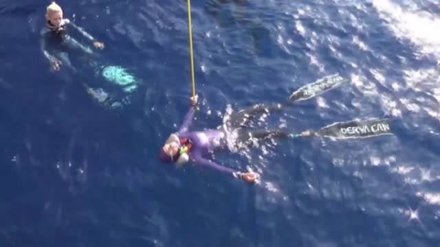 free divers compete in the cmas 3rd free diving outdoor world championship in antalya, turkey on october 05, 2018. interview with turkish free diver... - free diving stock videos & royalty-free footage