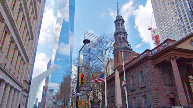 stockvideo's en b-roll-footage met freedom tower and westfield world trade center and local church in new york. - menselijke vorm