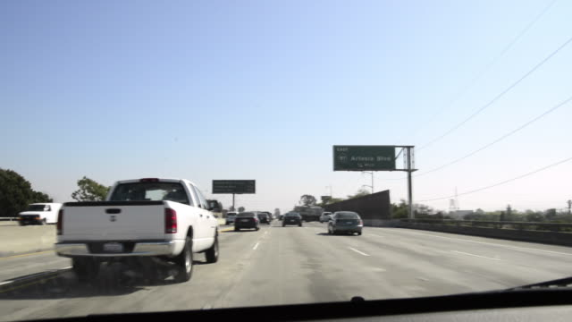 405 freeway in california - sign stock videos & royalty-free footage