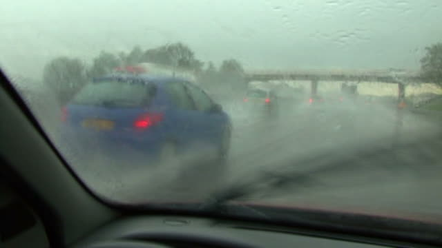 hd : freeway/autoroute a7 - pluie stock videos and b-roll footage