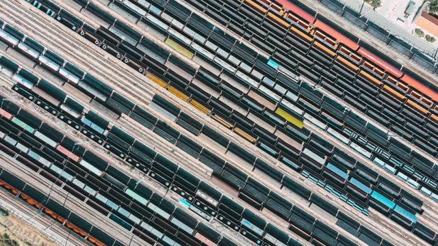 Trains de marchandises et gare