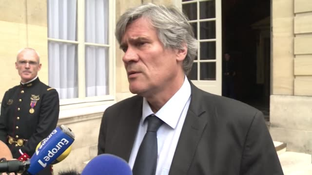french agriculture minister stephane le foll promises to meet farmers struggling with bankruptcy as they continue their blockade of caen in normandy - landwirtschaftsminister stock-videos und b-roll-filmmaterial