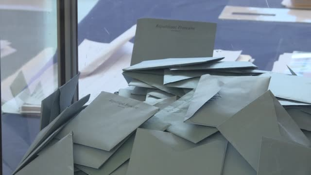 french citizens living in the us head to the french embassy in washington to cast their ballots in the eu elections in which eurosceptics and the... - ballot slip stock videos & royalty-free footage