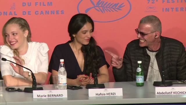 FRA: Cannes: Kechiche defends new film in stormy press conference