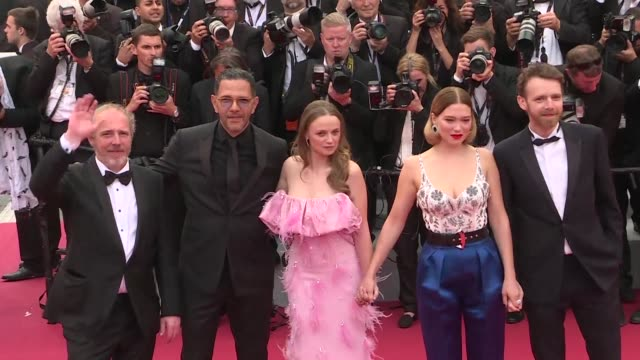FRA: Cannes: Oh Mercy film cast climbs the red carpet steps