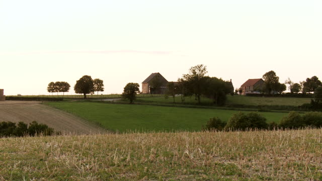 WS French farmhouse in sunset / Beaune, Burgundy, France