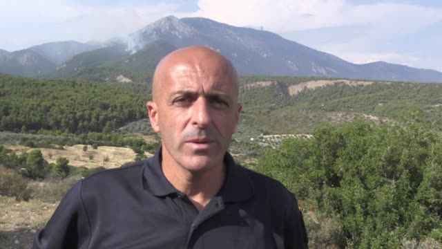 french firefighter in greece on a collaborative mission between the two states comments on the recent deadly wildfires the french teams are now... - grecia stato video stock e b–roll