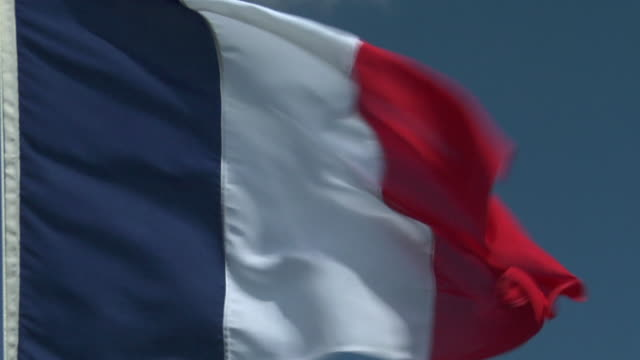 ecu, zo, french flag flapping against sky - french flag stock videos & royalty-free footage