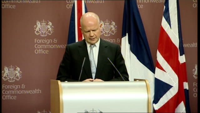 French Foreign Minister Alain Juppe visits UK for talks Press conference ENGLAND London Foreign and Commonwealth Office INT William Hague MP and...
