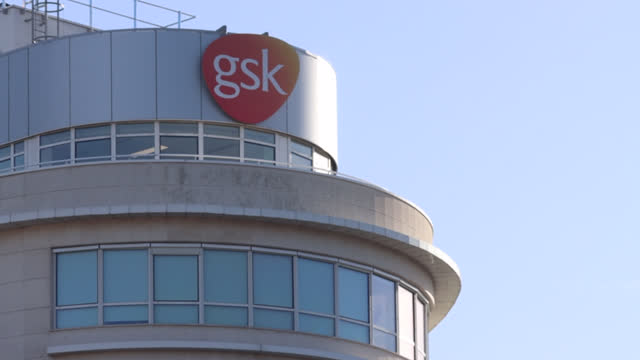 french headquarters of of the british pharmaceutical company glaxosmithkline france on november 12, 2020 in paris, france. - human internal organ stock videos & royalty-free footage