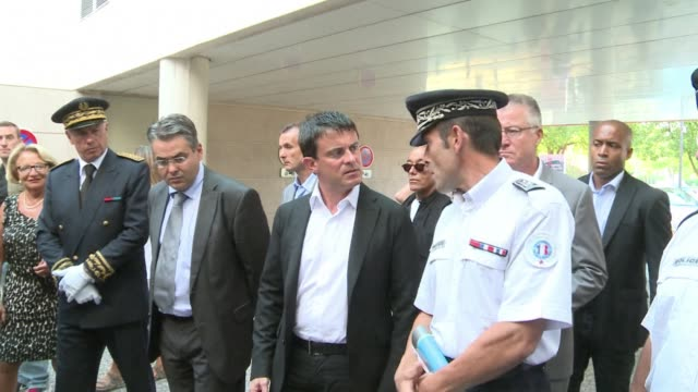 vídeos de stock, filmes e b-roll de french interior minister manuel valls has vowed to bring to justice those responsible for torching a school and sports centre and for firing live... - aix en provence