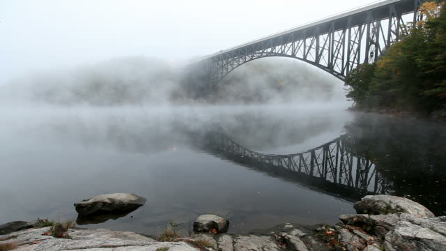 french king bridge in the pioneer valley region of massachusetts - cantilever bridge stock videos & royalty-free footage