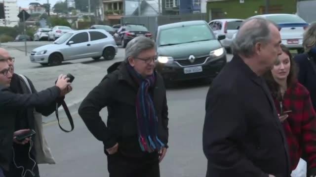 french leftist leader jeanluc melenchon arrives to visit brazil's ex president luiz inacio lula da silva - brasile meridionale video stock e b–roll