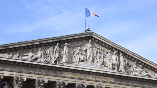 french national assembly building front view - 民主主義点の映像素材/bロール