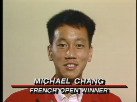 vidéos et rushes de french open winner michael chang talks about how his mother still takes care of him. - sport