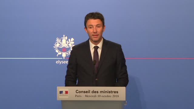 french president emmanuel macron is taking the needed time as he works on the goverment reshuffle government spokesman benjamin griveaux says after a... - benjamin griveaux stock videos & royalty-free footage