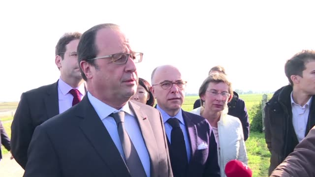 french president francois hollande offered his russian counterpart vladimir putin the condolances of france after a russian plane with 224 people on... - la manche stock videos and b-roll footage