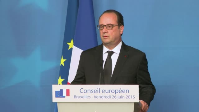 vídeos y material grabado en eventos de stock de french president francois hollande said friday that a suspected islamist assault on a gas factory in which a decapitated head was pinned to the gates... - decapitado