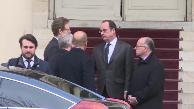 french president françois hollande paid a visit wednesday morning to the german ambassador to france to sign the condolence book opened in the wake... - signierstunde stock-videos und b-roll-filmmaterial