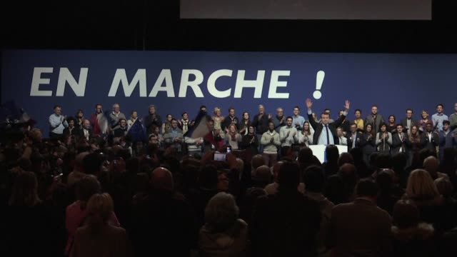 french presidential candidate emmanuel macron explains his platform for social justice at a rally in lille hoping to strike a chord among voters in... - social justice concept 個影片檔及 b 捲影像