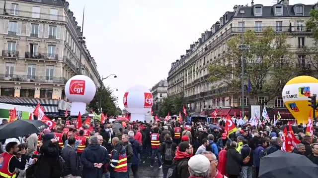 french trade union cgt fsu solidaires unef unl members march against french government's to the retirement system in paris france on september 24... - retirement stock videos & royalty-free footage