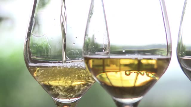 French wine and spirit exports reached record levels in 2016 said France's export federation on Thursday with more than 119 billion euros worth sold