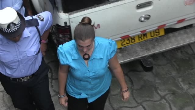 vídeos de stock, filmes e b-roll de a french woman convicted of drugs trafficking in mauritius could face up to 20 years in prison - ilhas mascarene