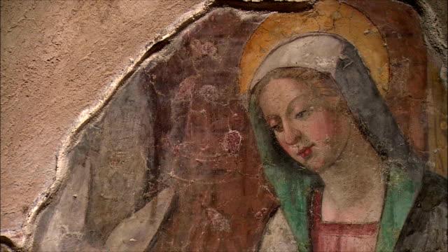 ms td fresco of the nativity / tuscany, italy - religioni e filosofie video stock e b–roll