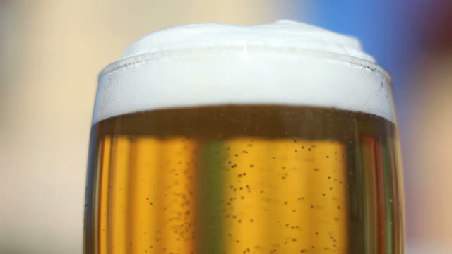 Fresh Beer Close-up(Loopable)