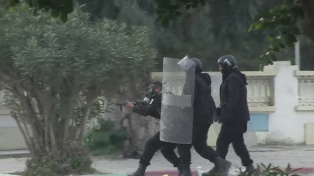 fresh clashes broke out on saturday for the fifth straight day in tunisias flashpoint town of siliana where police are battling to maintain order as... - revolution stock videos & royalty-free footage