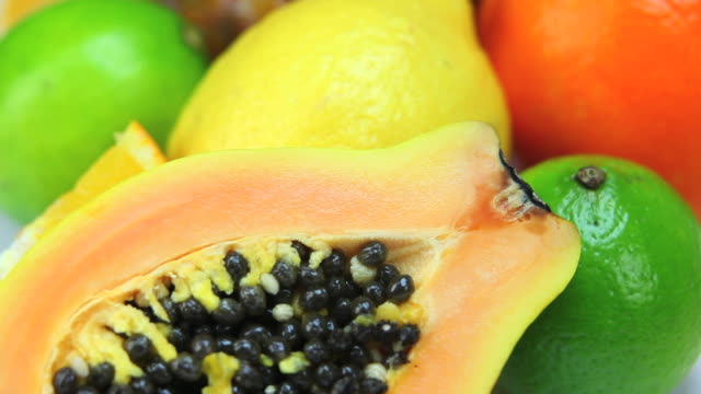fresh fruits dolly shot - frische stock videos & royalty-free footage