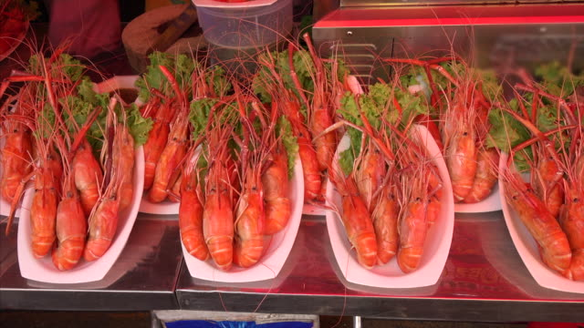 Fresh jumbo shrimp for sale at the Chatuchak Weekend Market in Bangkok, Thailand