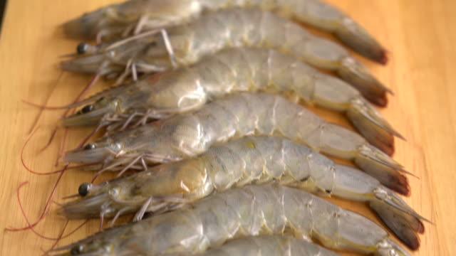 fresh shrimp:prawn