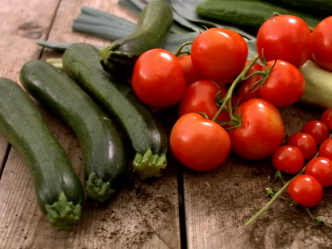 fresh vegetables. - 豊富点の映像素材/bロール