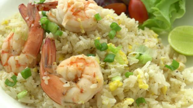 4K Fried rice with shrimp