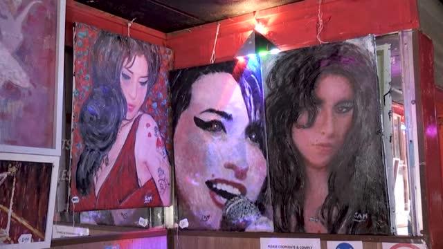 GBR: London bar owner recalls Amy Winehouse friendship