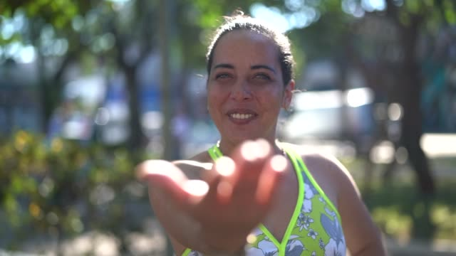 friendly woman beckoning - inviting to come - beckoning stock videos & royalty-free footage